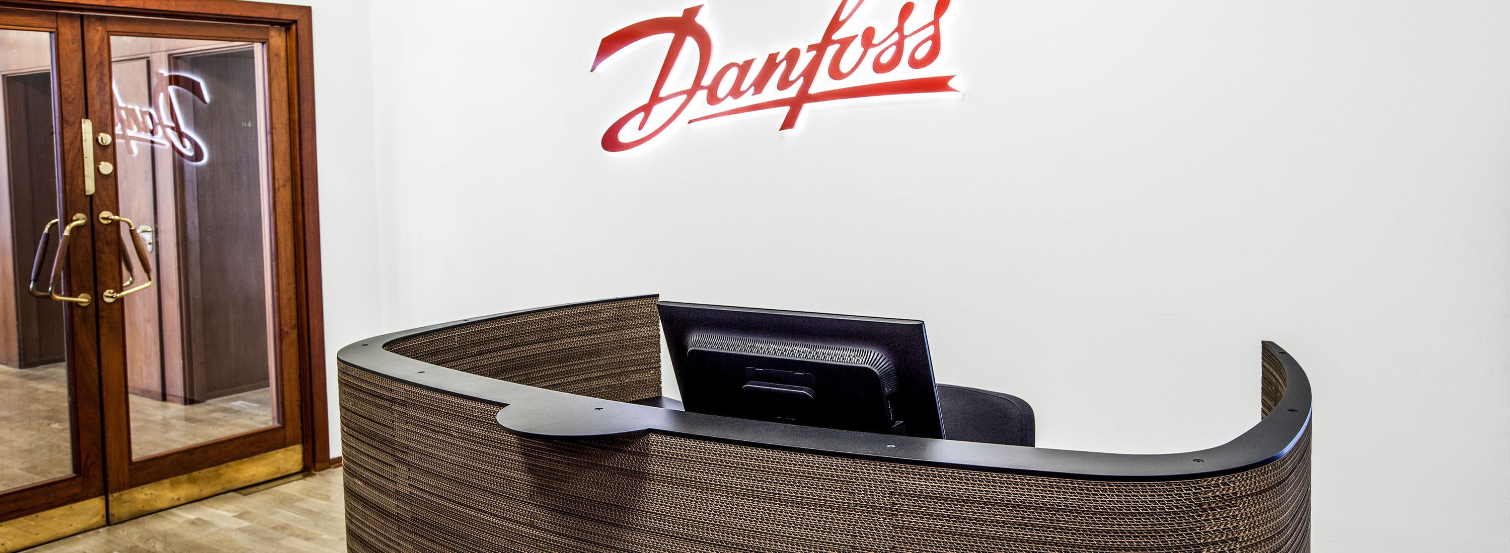 Impact reception hos Danfoss